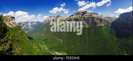 Valle de Ordesa, Parque Nacional de Ordesa, Central Pyrenees, Aragon, Spain, Europe - Stock Photo