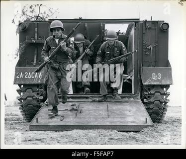 Men of the Second Armored Cavalry Infantrymen of the Second Armored Cavalry Regiment, Fort George G. 31st May, 1957. - Stock Photo
