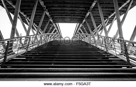 Passerelle Léopold-Sédar-Senghor, formerly known as passerelle Solférino (or pont de Solférino) over the Seine, - Stock Photo