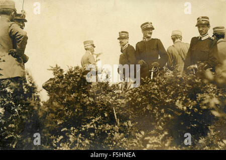 The King of Italy Vittorio Emanuele III with Army officers - Stock Photo