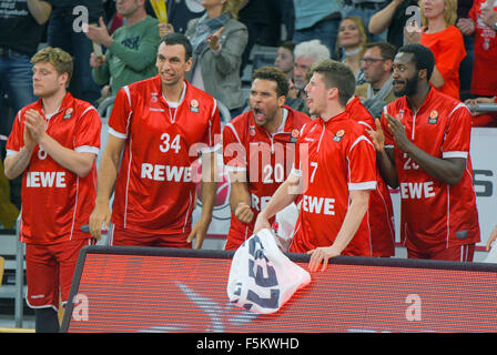 Bamberg, Germany. 5th Nov, 2015. Bamberg's players celebrate during the Euroleague group D basketball match Brose - Stock Photo
