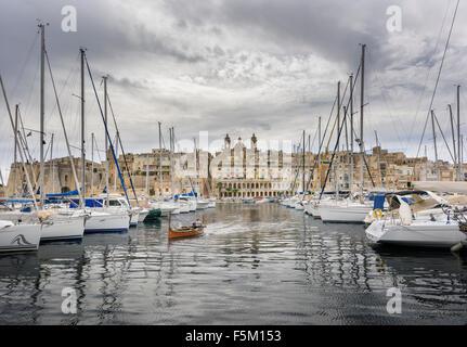 Vittoriosa Marina Yachts in Valletta Harbour Malta - Stock Photo