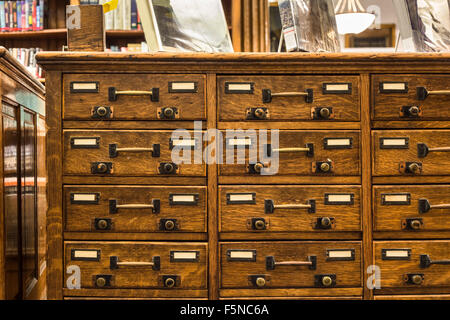 Vintage wood library card catalog - Stock Photo - Antique Library Card Catalog Drawers Stock Photo: 130606434 - Alamy