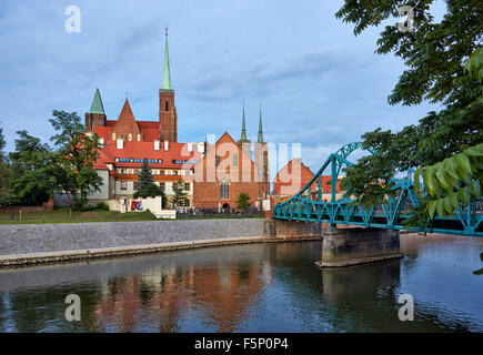 Tumski Bridge, connecting old town and Sand Island of  Wroclaw with Cathedral Island or Ostrow Tumski , Poland, - Stock Photo