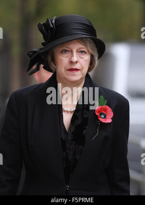 London, UK. 8th Nov, 2015.  Home Secretary Theresa May leaving Downing Street to attend Remembrance Sunday at the - Stock Photo