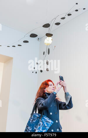 London, UK. 09th Nov, 2015. Alexander Calder: Performing Sculpture. Calder was one of the truly ground-breaking - Stock Photo