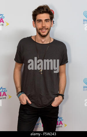 Miami, Florida, USA. 7th Nov, 2015. Musician ALVARO SOLER attends the iHeartRadio Fiesta Latina concert at American - Stock Photo