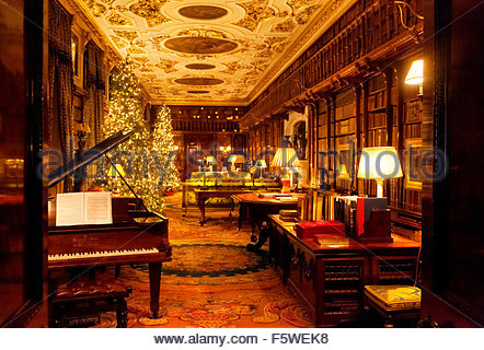 The Library, Chatsworth House Stately Home Interior, Derbyshire England UK    Stock Photo Part 56