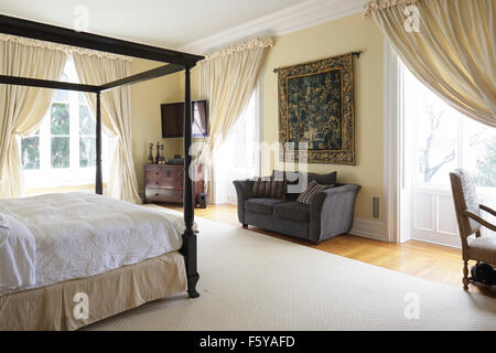 Master bedroom with view. Upper (second) floor. Clifton Place, Irvington, United States. Architect: Detlef Lienau, - Stock Photo