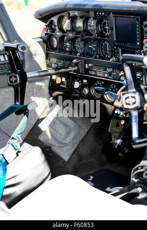 Cockpit of a 1973 Piper PA-32 single engined small plane - Stock Photo