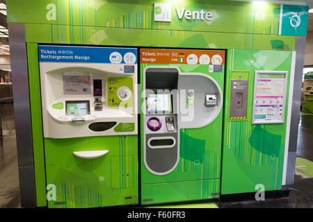 Ticket machine in the metro of Paris. - Stock Photo