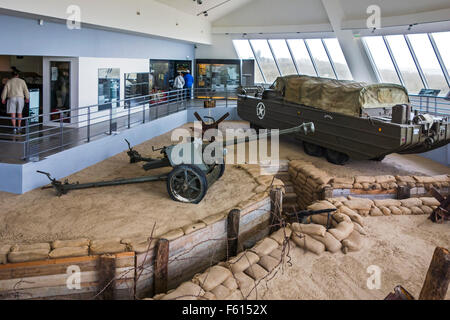 German Pak 40 75 mm anti-tank gun and DUKW, six-wheel-drive amphibious truck, Musée du Débarquement Utah Beach, - Stock Photo