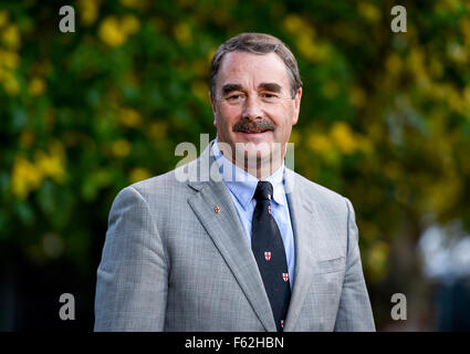 Cheltenham Literature Festival - Day 5  Featuring: Nigel Mansell Where: Cheltenham, United Kingdom When: 06 Oct - Stock Photo
