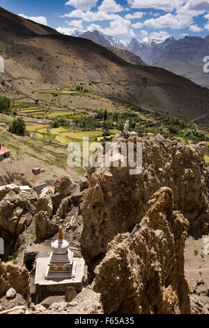 India, Himachal Pradesh, elevated view of Dhankar village Buddhist chorten and rock pinaccles - Stock Photo