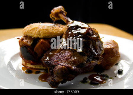 Pub Grub, leg of duck - Stock Photo