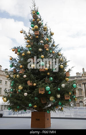 London, UK. 12th November, 2015. Preparations are underway for the ice skating rink in Somerset House London sponsored - Stock Photo