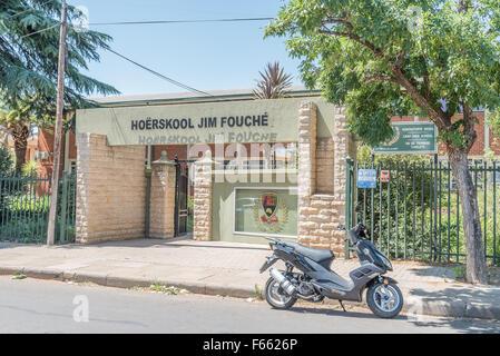 BLOEMFONTEIN, SOUTH AFRICA, NOVEMBER 12, 2015: The Jim Fouche Secondary School in Gardenia Park, a suburb of Bloemfontein, - Stock Photo