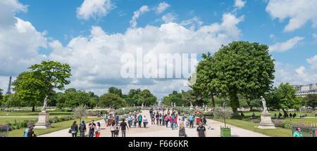 Jardin des Tuileries, Paris, Ile-de-France, France - Stock Photo
