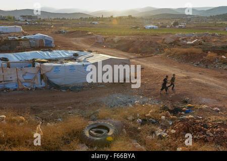 LEBANON Beqaa valley, Deir el Ahmad, camp for syrian refugees / LIBANON Bekaa Tal, Deir el Ahmad, Camp fuer syrische - Stock Photo