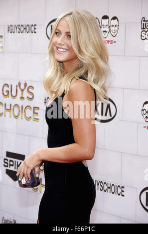 Julianne Hough at the Spike TV's 6th Annual 'Guys Choice' Awards held at the Sony Studios in Los Angeles, USA on - Stock Photo
