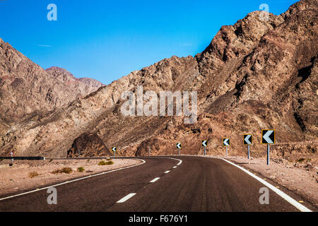 The desert landscape of the Sinai Peninsula on the road from Dahab to Eilat in Egypt. - Stock Photo