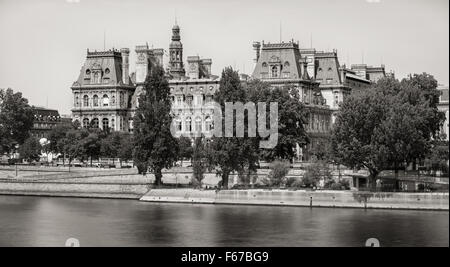 Black & White (vintage look) view of the south facade of Paris City Hall from the River Seine, Right Bank, 75004, - Stock Photo
