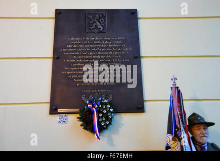 A plaque commemorating the Czechs, Jews and anti-Nazi-minded Germans expelled from the Czechoslovak border areas - Stock Photo