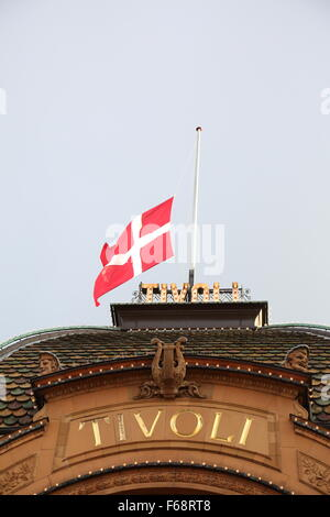 Copenhagen, Denmark. 14th November, 2015. The Danish flag is flown at half mast on public buildings and around the - Stock Photo