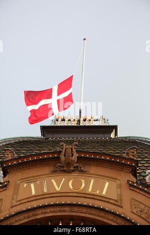 Copenhagen, Denmark. 14th November, 2015. The Danish flag is flown at half mast on public buildings and around the - Stock Photo