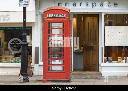 Red telephone box on Oxford High street - Stock Photo