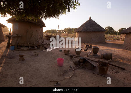Everyday life in a Malian village. - Stock Photo