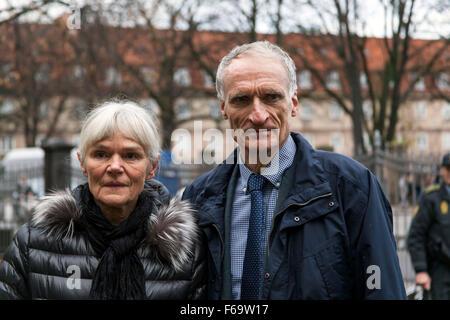 Copenhagen, Denmark, November 15th, 2015: Danish MP Bertel Haarder and his wife Birgitte Haarderarrives to the memorial - Stock Photo