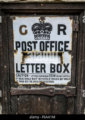 Old Post Box in Penshurst, Tonbridge, Kent, England - Stock Photo
