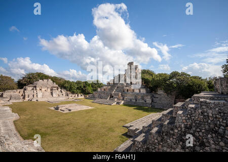The Five Story Pyramid and main plaza of the Mayan ruins of Edzna, Campeche, Mexico. - Stock Photo