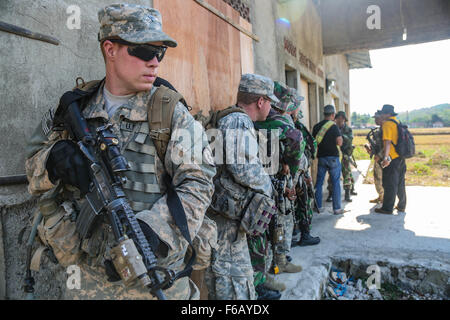 U.S. Army Spc. Conor Bonaventure, an Infantryman from Bravo Company 2-27th Infantry Regiment 3rd Infantry Brigade - Stock Photo