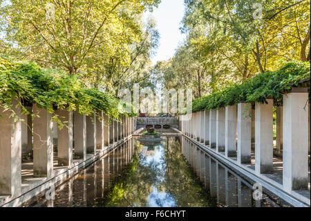 France, Paris, Parc de Bercy - Jardin de Yitzhak Rabin - Stock Photo