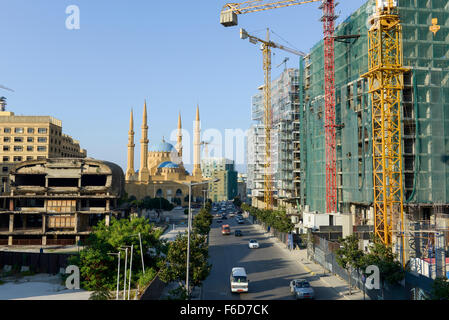 LEBANON, Beirut, Mohammed-al-Amin-Mosque,  a sunni mosque build 2008 at place of martyrs, which was during civil - Stock Photo