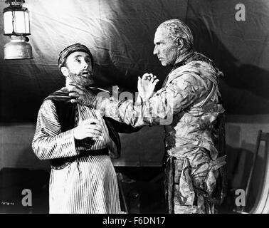RELEASE DATE: Sep 20, 1940. MOVIE TITLE: The Mummy's Hand. STUDIO: Universal Pictures. PLOT: A couple of comical, - Stock Photo