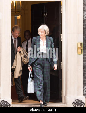 Downing Street, London, UK. 17th Nov 2015. Theresa May, UK Home Secretary, leaves 10 Downing Street following a - Stock Photo