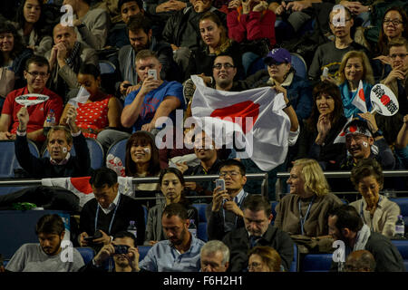O2, London, UK. 17th Nov, 2015. ATP Tennis Tour Finals. Day 3. Fans watch the match between Kei Nishikori (JPN) - Stock Photo