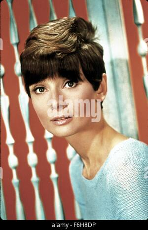 1967, Film Title: WAIT UNTIL DARK, Director: TERENCE YOUNG, Pictured: AUDREY HEPBURN, PORTRAIT, STUDIO, HAIR - SHORT. - Stock Photo