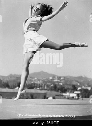 1941, Film Title: YOU'LL NEVER GET RICH, Director: SIDNEY LANFIELD, Studio: COLUMBIA, Pictured: DANCING, RITA HAYWORTH. - Stock Photo