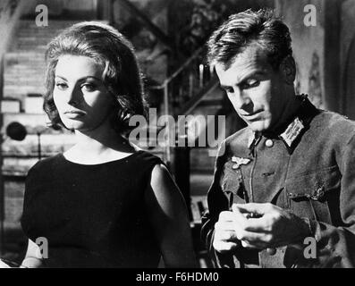 1962, Film Title: CONDEMNED OF ALTONA, Director: VITTORIO DeSICA, Studio: FOX, Pictured: VITTORIO DeSICA, SOPHIA - Stock Photo