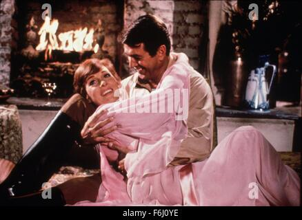 1970, Film Title: DARLING LILI, Director: BLAKE EDWARDS, Pictured: JULIE ANDREWS, BLAKE EDWARDS. (Credit Image: - Stock Photo