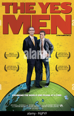 RELEASE DATE: April 1, 2004. MOVIE TITLE: The Yes Men. STUDIO: MGM. PLOT: Anti-corporate activists travel from conference - Stock Photo