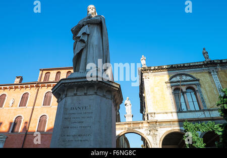 Italy, Verona, the Dante Alighieri monument in Piazza Dei Signori - Stock Photo