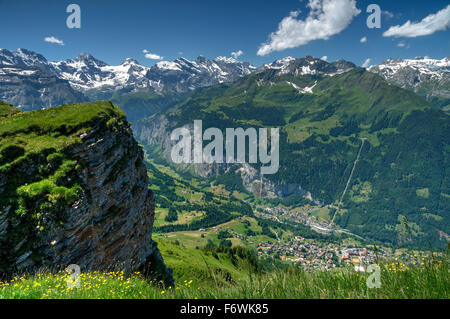 Elevated view of the Lauterbrunnen valley and surrounding alpine peaks from Mannlichen. - Stock Photo