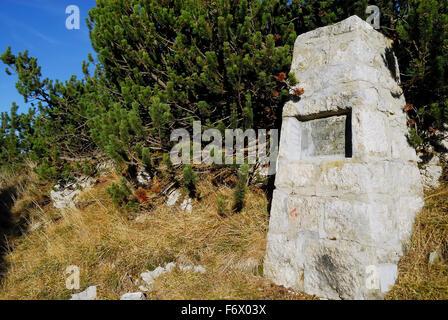Asiago plateau, Veneto, Italy. WWI, Saddle Mecenseffy, locations where 6 October 1917 saw the death of the commander - Stock Photo