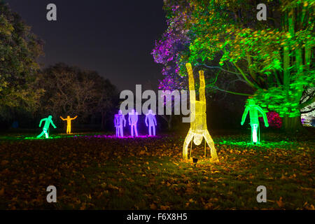 Brentford, London, UK. 20th Nov, 2015. Illuminated wire figures in the woodland. The Enchanted Woodland returns - Stock Photo