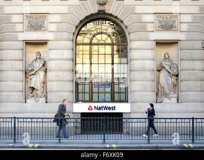 London, England, UK. People walking past a Nat West bank in the City - Princes Street, EC2 - Stock Photo